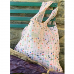 Skládací taška Alex Clark - Bees and flowers